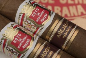 Hoyo de Monterrey Añejado now available