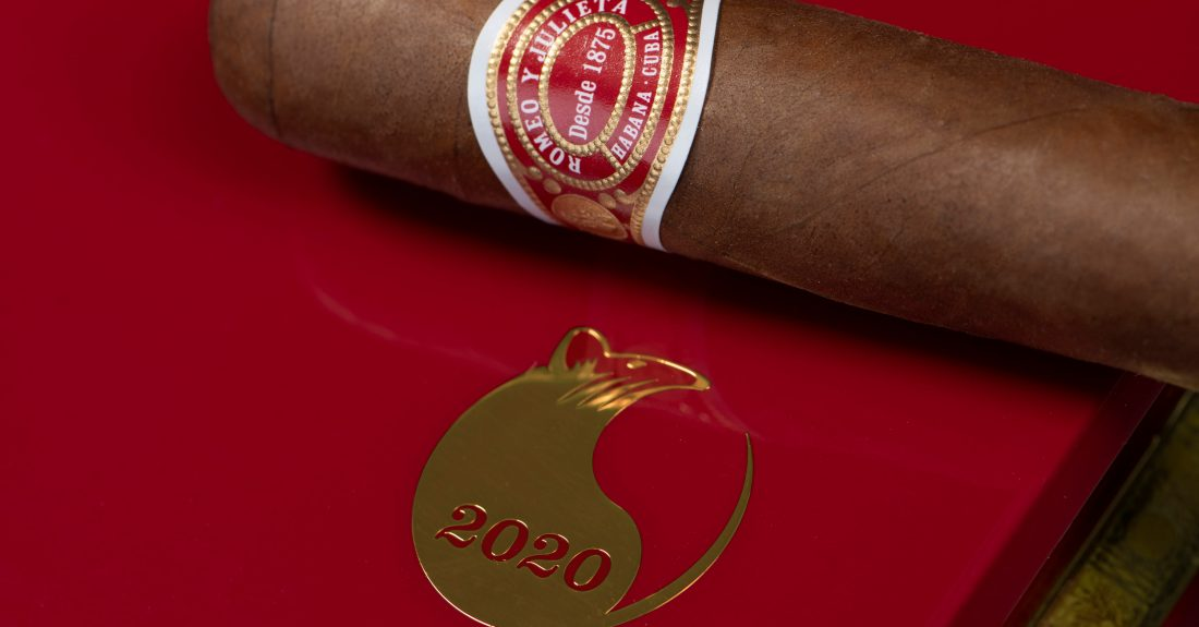 Romeo y Julieta celebrate Chinese New Year